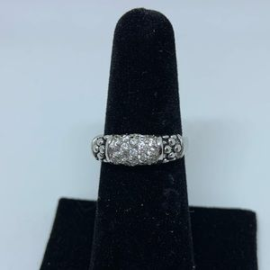 Jewelry - Sterling silver ring